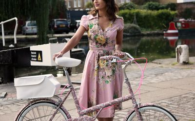 Pinkdressbicycle